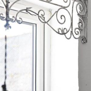 valkoinen friisi 102cm 2
