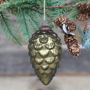 vihreä käpy joulukoriste